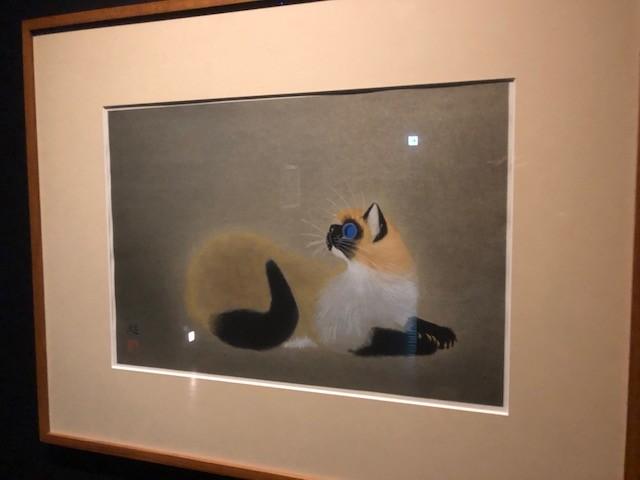 動物好きであったと思われる加藤又造の描いた猫シリーズが3点展示されている。