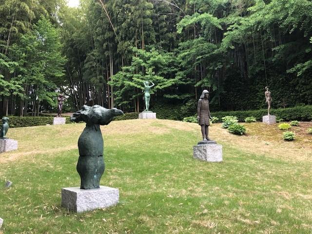 笠間日動美術館の野外彫刻庭園